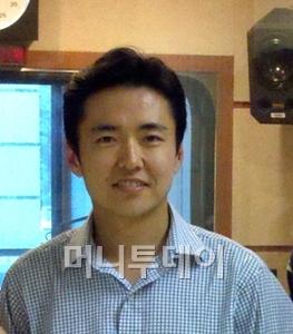"""데이비드 리는 한국말은 거의 못했지만 """"한국 창업가들을 지름길로 안내하고 싶다""""며 시종일관 진지하게 인터뷰에 응했다."""