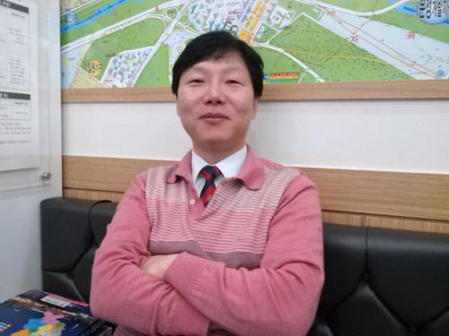 ↑김용태 공인중개사. 전 '내 집 마련 이야기' 부동산 컬럼리스트 ⓒ이재윤 기자
