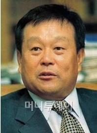 ↑박순석 신안그룹 회장