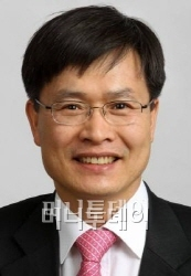 박근혜 대통령의 창조경제, 활짝 꽃피기 위해