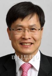 삼성 잘 나가고 한국경제 침체 못 벗어나는 이유