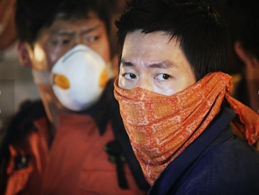 영화 '감기'의 한 장면/사진=CJ엔터테인먼트