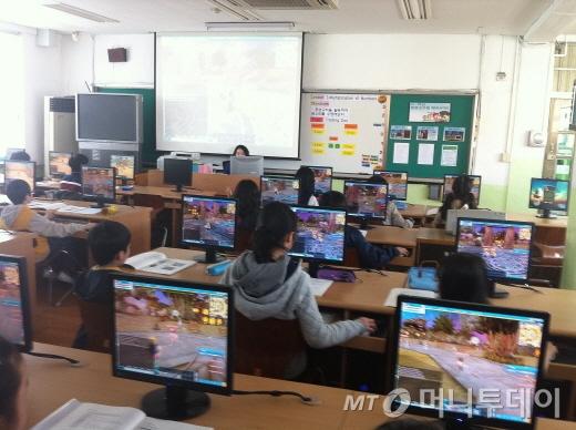 아이들 PC, 스마트폰 사용 교육은 부모들의 관심이 가장 먼저다