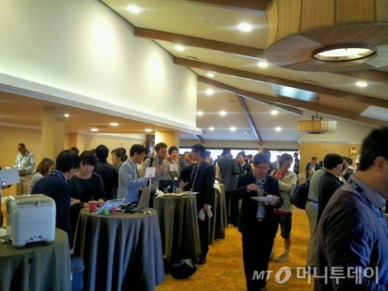 피치행사가 끝난후 스타트업 참가자들과 투자자들간 네트워킹 행사.