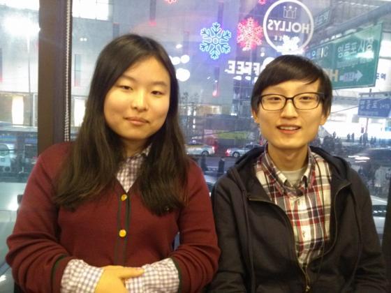 지난 7일 대학수학능력시험 응시를 거부한 위영서(왼쪽), 박건진(오른쪽)씨. / 사진=이시내 기자
