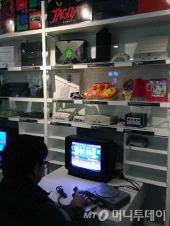 NCM 라이브러리에서 직접 체험해 볼 수 있는 콘솔 게임