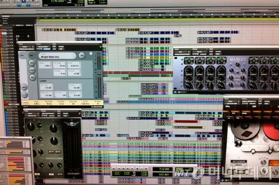 게임음악 작곡에 사용하는 컴퓨터 프로그램