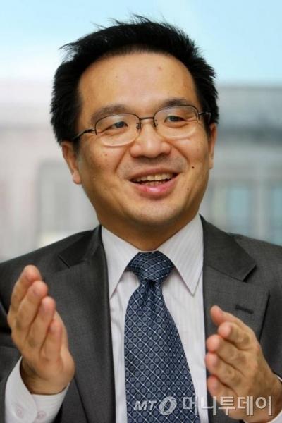 안철수연구소 김홍선 대표