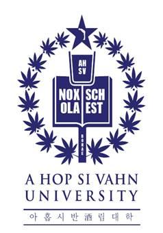 아홉시반 주립대학의 공식 마크, 학교의 모토인 'NOX SCHOLA EST(밤이 학교다)'를 중심으로<br /> 술잔 위에 60도 각도로 예절 바르게 인사하는 사람을 형상화 함으로써 '개념있는 음주시민 양성'이라는 학교의 설립이념을 강조했다. '진짜 공부는 술자리에서 이루어진다'는 만고불변의 진리야 말로 아홉시반 주립대학의 궁극적인 교육 목표다./사진제공=제일기획
