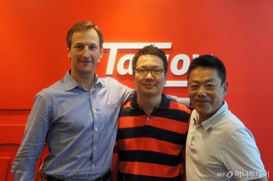 스티브 워즈워스 탭조이 대표(왼쪽부터), 이창수 파이브락스 대표, 임창무 탭조이 코리아 대표