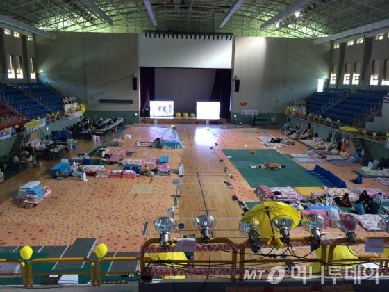 세월호 참사를 6개월을 이틀 앞둔 10월14일 진도 실내체육관 모습/ 사진=박소연 기자