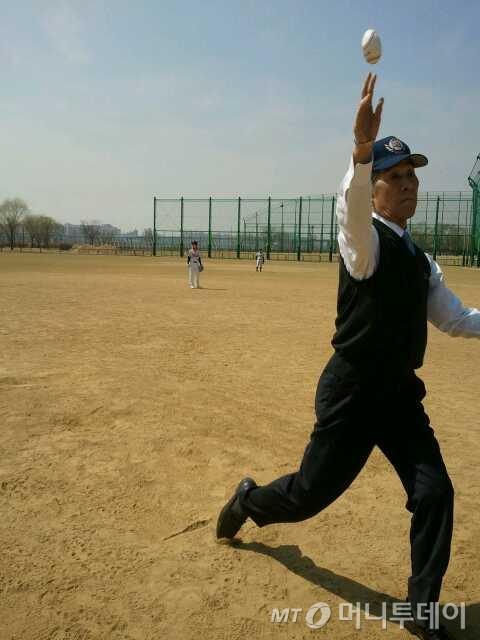우리 나이 80세. 김영덕 감독의 야구열정은 전혀 늙지 않았다.