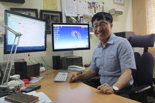 성균관대 수원캠퍼스 연구실에서 만난 김범준 교수/사진=류준영 기자