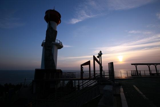 영덕 창포말등대 해돋이/사진제공=한국관광공사