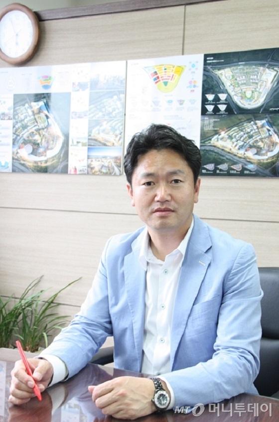 [김성호의 亂世中企]'레드오션' 폐차 재활용 사업 '블루오션'으로 우뚝