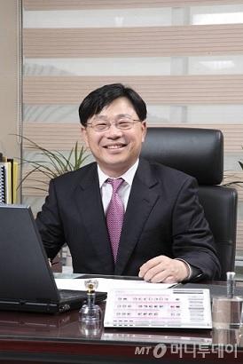 김진백 디오 대표이사
