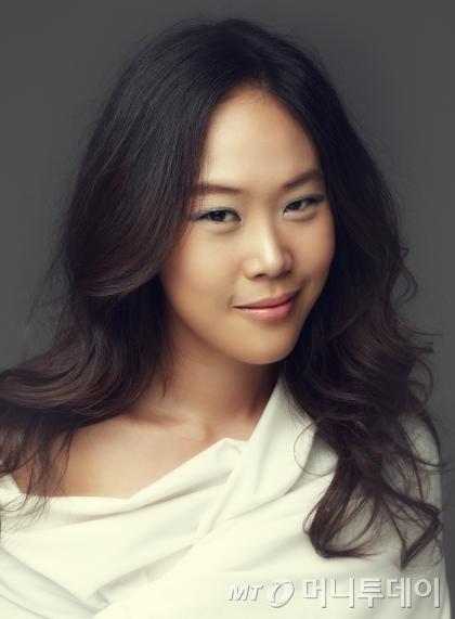 피아니스트 손열음은 올해 평창대관령음악제 부예술감독으로 위촉됐다. /사진=강태욱, 강원문화재단