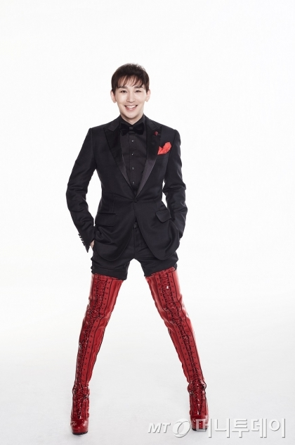 뮤지컬 '킹키부츠'의 찰리 역을 맡은 배우 김호영은 이번 공연을 통해 자신의 전환점을 마련하겠다고 밝혔다. /사진제공=로네뜨