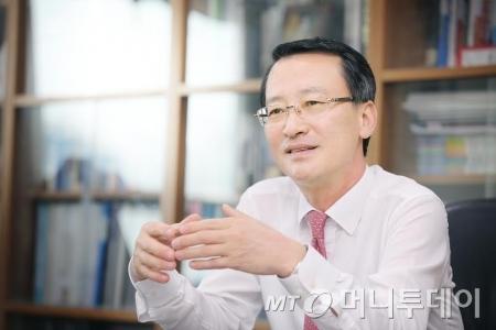 """박진규 에넥스 부회장 """"2017년 이익중심 성장할 것"""""""