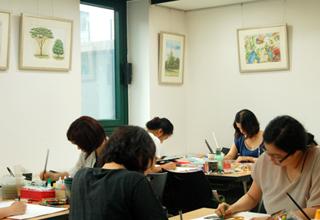 홍익아트, 방문미술교사 취업 문턱 높지만 급여 수당 등 만족도 커