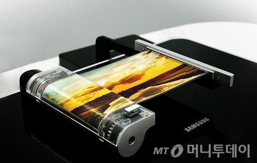 삼성디스플레이, 베트남 OLED 공장에 3조 투자 추진