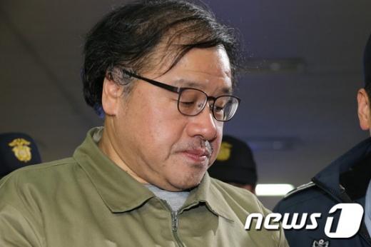 """컴투게더 임원 """"포레카 강탈 시도 배후에 청와대"""" 증언"""