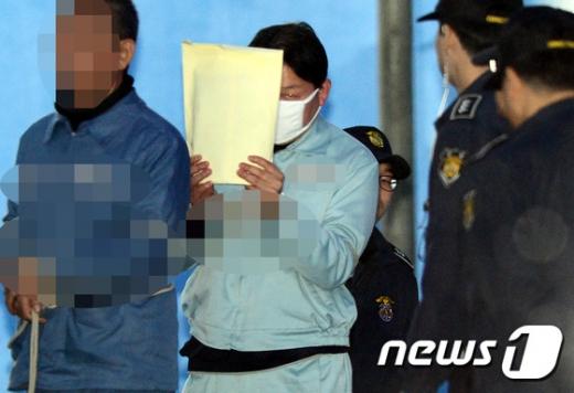 [사진]정운호 네이처리퍼블릭 전 대표 '1심서 징역 5년'