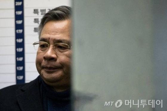 특검 '비선진료·朴 대리처방 의혹' 차병원 교수 압수수색