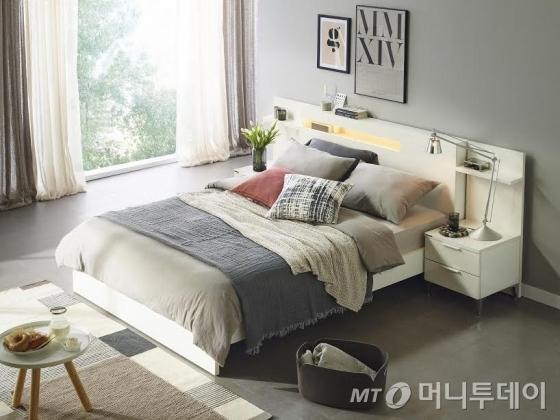 한샘 '루나 화이트' 침대