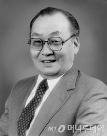 고 강대원 박사.
