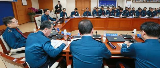 지난달 19일 서울 서대문구 경찰청에서 이철성 청장 주재로 회의가 열리고 있다. 본 기사내용과 직접적 연관은 없음. /사진제공=뉴스1