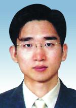 한정석 판사/사진=온라인 커뮤니티