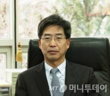 권재칠 법무법인 중원 변호사