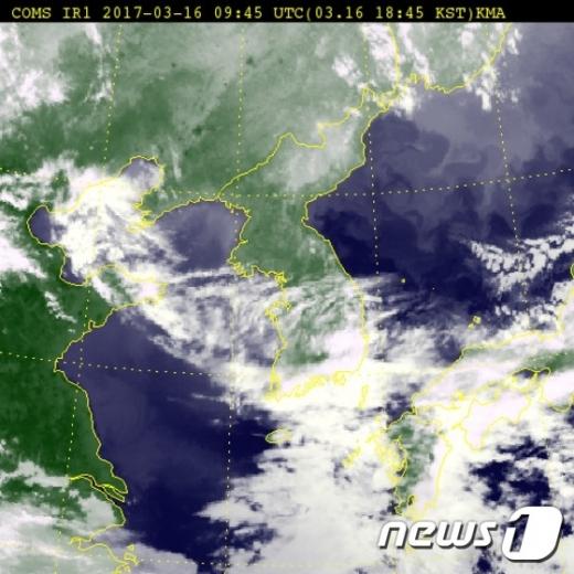 [17일 날씨]화창한 초봄 훼방놓는 미세먼지 …서울 15도