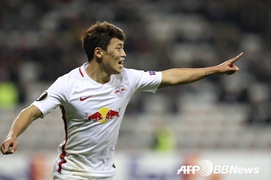 '황희찬 멀티골' 잘츠부르크, 비엔나에 5-0 대승