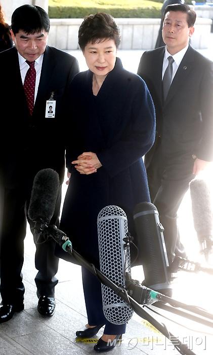 포토라인에 선 박근혜 전 대통령. /사진=홍봉진 기자