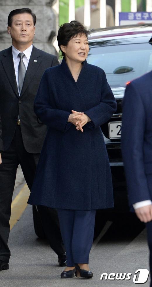 사저로 돌아온 박 전 대통령. /사진=뉴스1