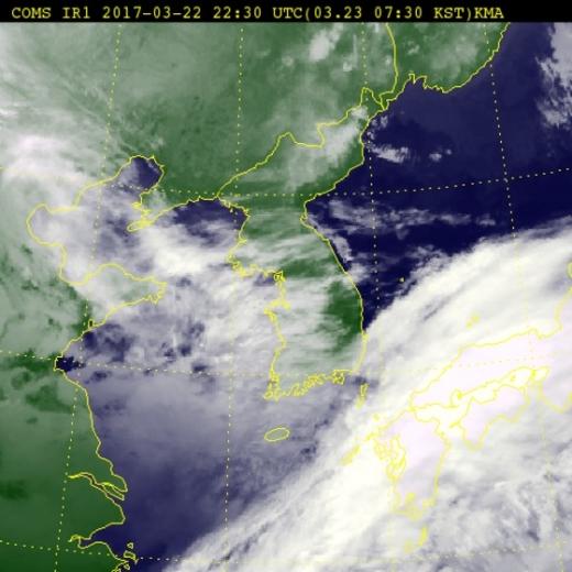 [24일 날씨] 전국 구름 많은 날…제주도 한때 비