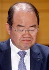지난 24일 대우조선해양 서울 중구 다동사옥에서 열린 기자간담회에서 정성립 사장이 기자단의 질문을 듣고 있다./사진=홍봉진 기자
