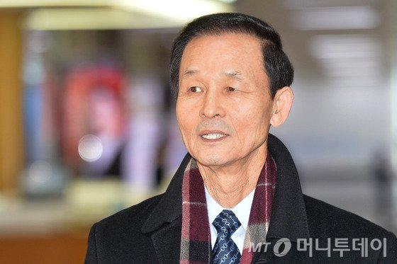 김장수 주중대사, 中에 '롯데마트 영업재개' 요청 공식서한