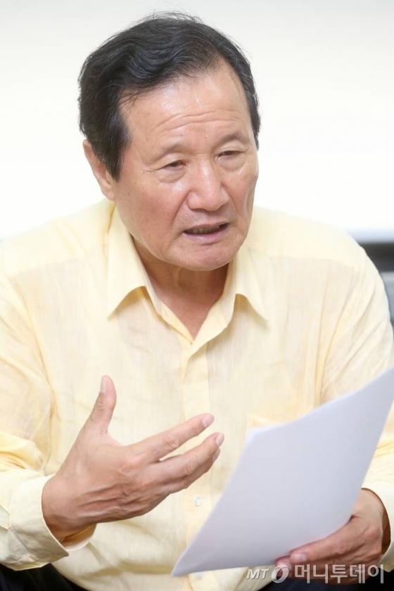 윤증현 전 기획재정부 장관/사진= 홍봉진 기자