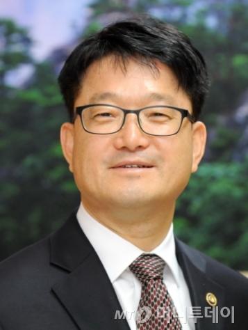 신원섭 산림청장