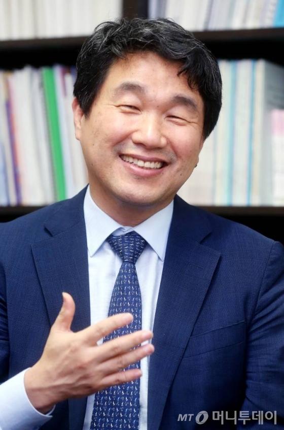 이주호 전 교육부장관 인터뷰/사진=홍봉진 기자
