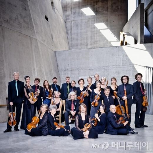 바로크 시대 고음악 원전연주를 선보이는 독일의 프라이부르크 바로크 오케스트라/ 사진제공=롯데콘서트홀