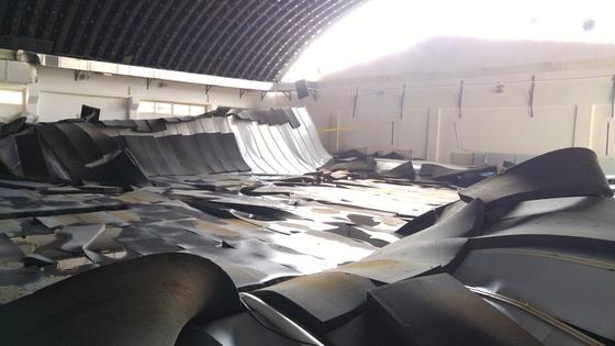 지난 2월 인천 남동구 인천시학생수영장의 천장 내장재가 무너져 내리는 사고가 있었다./사진=뉴스1