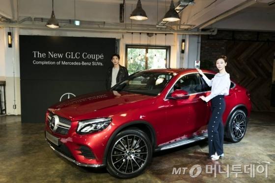 벤츠 코리아가 20일 서울 성수동 '어반소스'에서 '더 뉴 GLC 쿠페' 출시 행사를 가졌다.