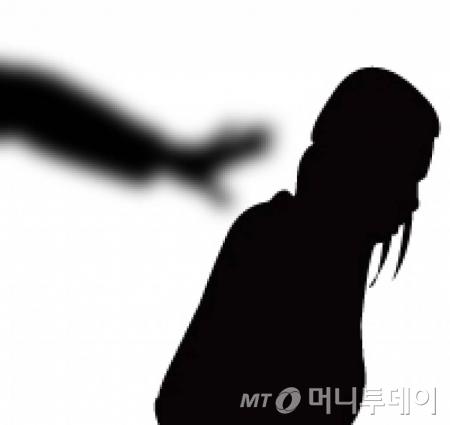 """대전서 여성 시신담긴 캐리어 발견…""""새벽에 한 남성이 놓고 가"""""""