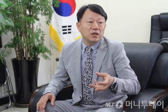 김기영 한국엘리베이터협회장 겸 송산특수엘리베이터 사장./사진=지영호 기자