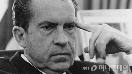 '워터게이트사건'으로 1974년 8월 9일 미국 역사상 처음이자 유일하게 임기중 사임한 리처드 닉슨 대통령. /AFPBBNews=뉴스1