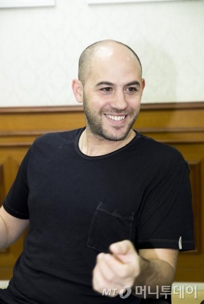 '마이너스7'을 연출하는 이스라엘 출신 연출가 이레즈 조하르 /사진제공=유니버설발레단